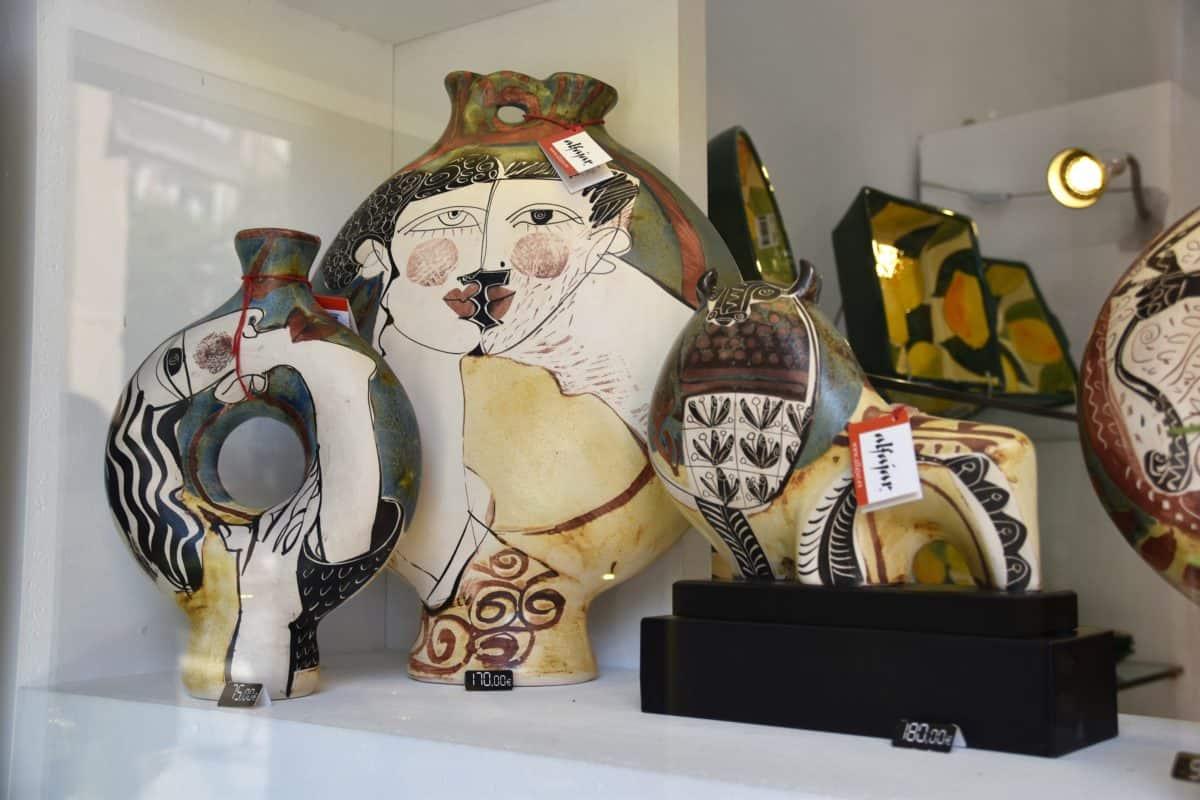Hand-made Malaga ceramics